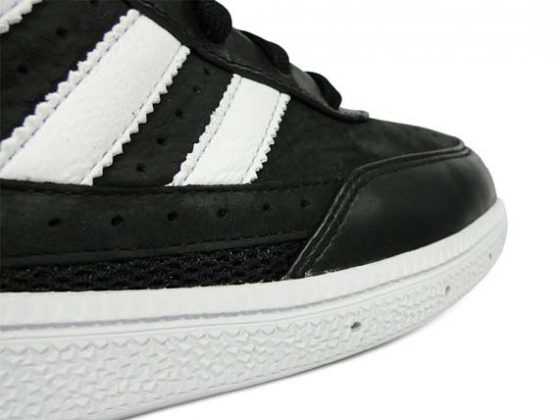 adidas-originals-handball-spezial-black-white