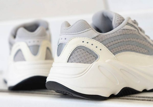 adidas-yeezy-boost-700-v2-static