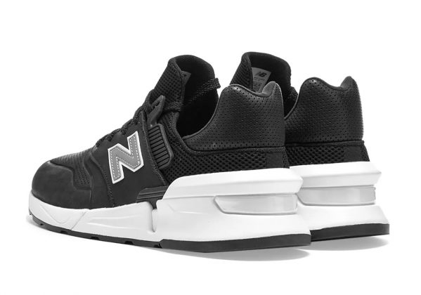 new-balance-997s-black-cdg