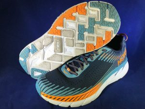 hoka-one-one-clifton-5-black-iris-storm-blue