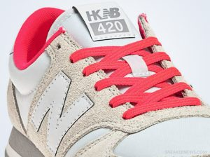 new-balance-420-heidi-klum