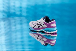 asics-gel-kayano-26-white-peacoat-purple-blue