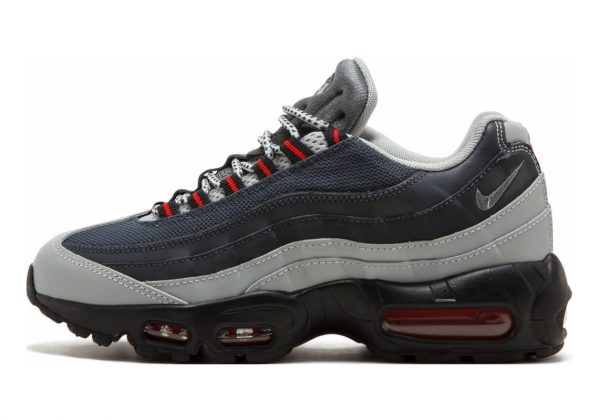 Nike Air Max 95 Essential •	Silver / Cool Grey - Anthracite - University Red
