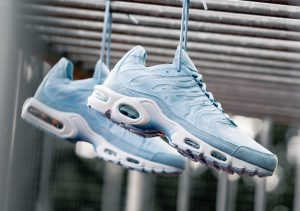 Nike Air Max Plus Contrast Stitch Blue