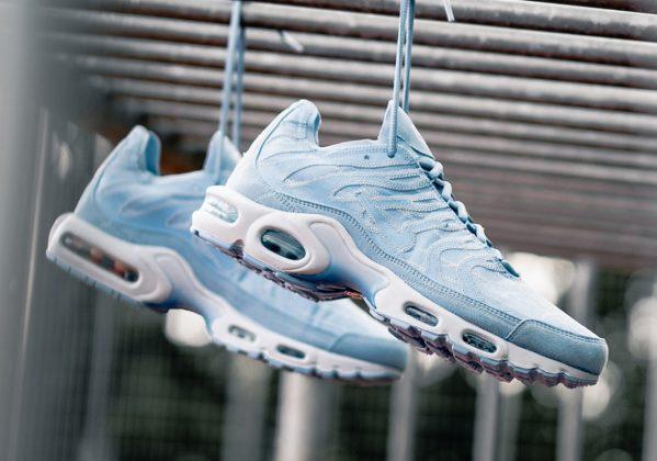 Nike Air Max Plus Contrast Stitch Blue