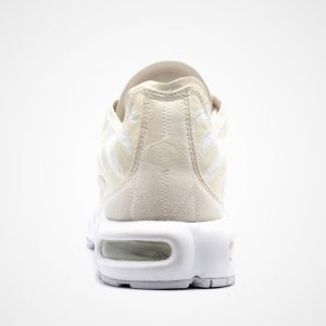 Nike Air Max Plus Deconstructed Beige