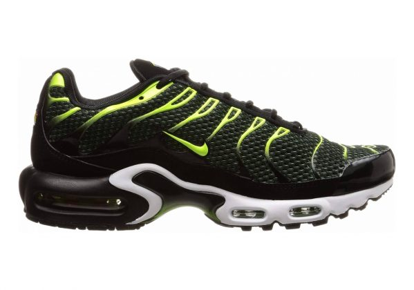 Nike Air Max Plus Black/Volt/Dark Grey/White
