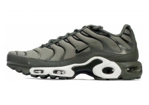 Nike Air Max Plus Dark Stucco/Black-river Rock