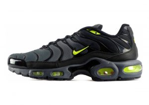 Nike Air Max Plus Dark Grey Volt Black 093