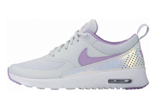 Nike Air Max Thea SE Grau (Pure Platinum / Urban Lilac)