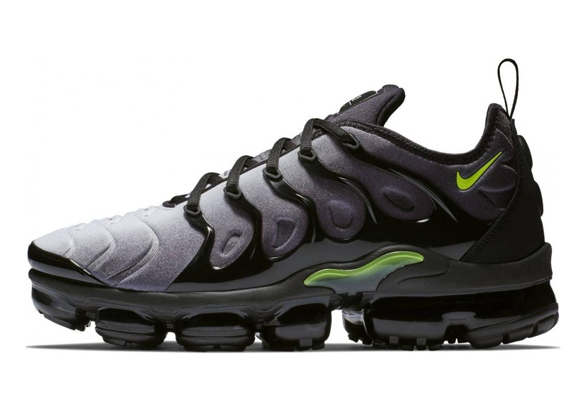 Nike Air VaporMax Plus Black, Volt-white