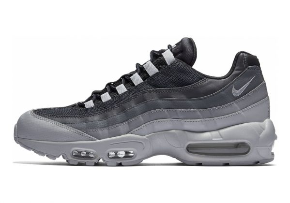 Nike Air Max 95 Essential .