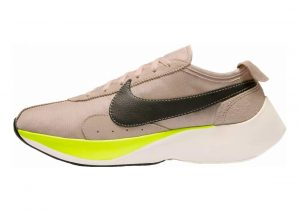 Nike Moon Racer Beige