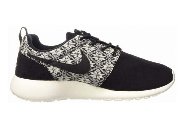 Nike Roshe One Winter Black (Black/Black-sail)