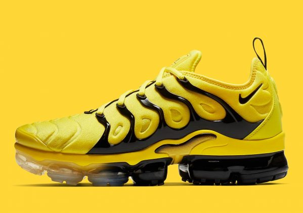 Nike Vapormax Plus Black Yellow
