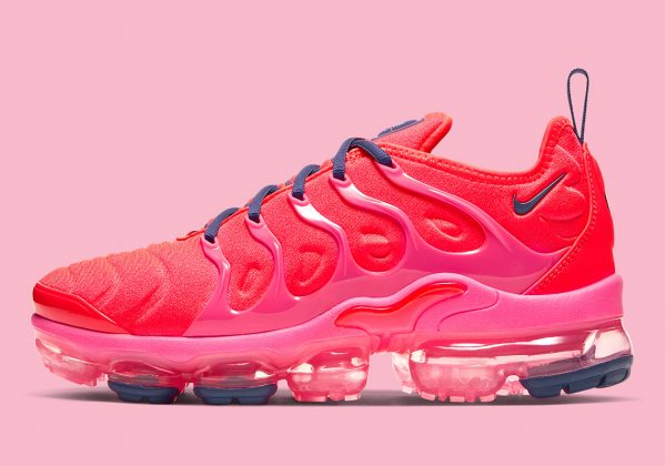 Nike Vapormax Plus Neon