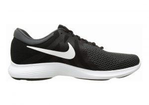 Nike Revolution 4 Black