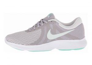 Nike Revolution 4 Grey