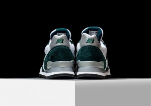 New Balance 996 Explore by air white/Emerald