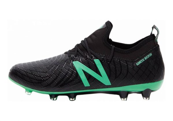 New Balance Tekela Magia Firm Ground Schwarz