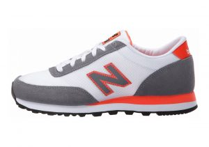 New Balance 501 Core Gris/Coral