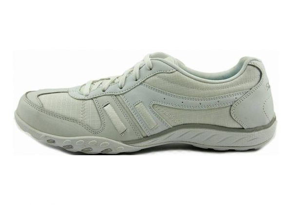 Skechers Relaxed Fit: Breathe Easy - Jackpot White