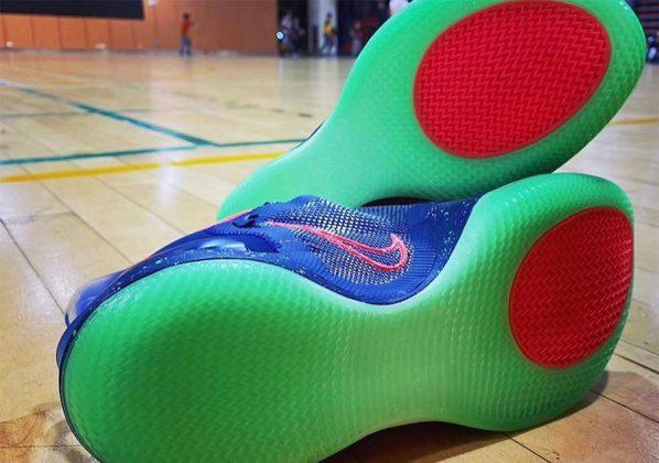 "Nike Adapt BB 2.0 ""Planet of Hoops"""
