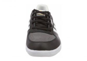 Black (CQ1099)