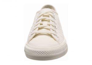 White (F34945)