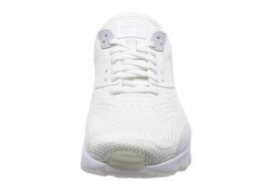 White (875943101)