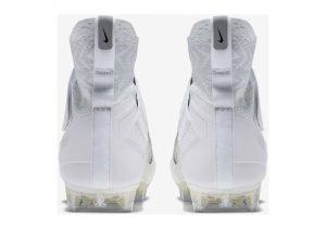 White (AO3374101)
