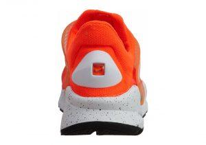 Orange (833124800)