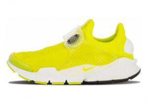 Yellow (686058771)