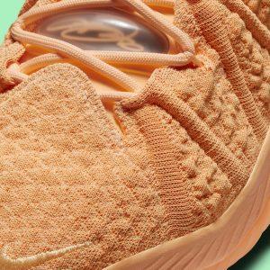 """Nike LeBron 18 """"Sisterhood"""""""