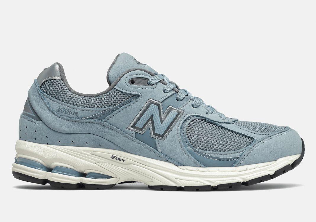 New Balance 2002R