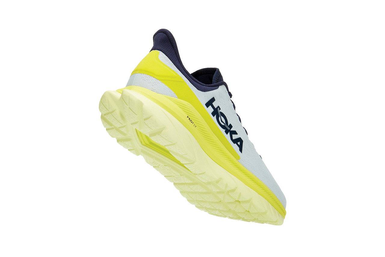 Hoka One One Mach 4