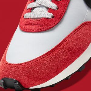 Nike Daybreak Pure Platinum/Gym Red/Sail/Black