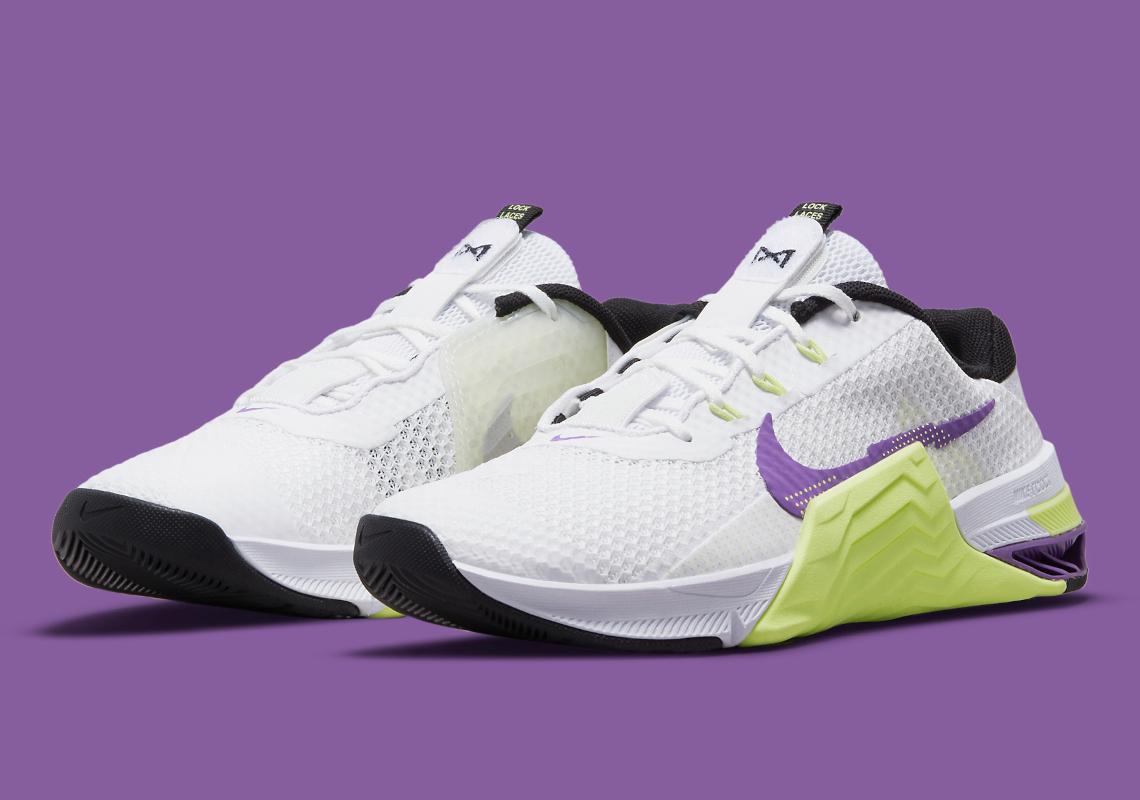 "Nike MetCon 7 ""Purple/Neon"""