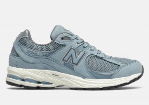 New Balance 2002R Light/Blue
