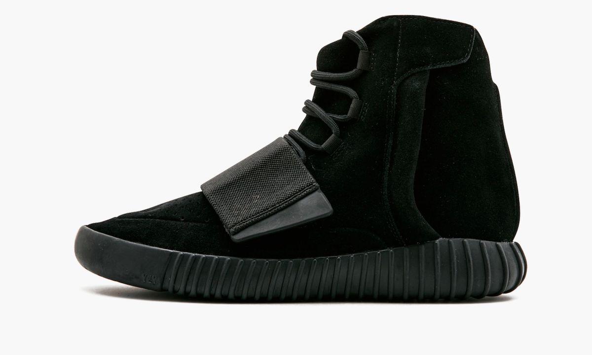 adidas Yeezy Boost 750 «Triple Black»